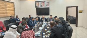 لجنة فلسطين النيابية تزور مخيم الطالبية