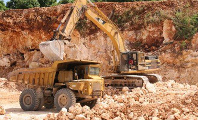 عجلون المقالع الحجرية تؤثر سلبا على المنشآت التنموية