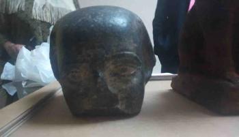 مصر تسترد 3 قطع أثرية قبل بيعها في صالة عرض بلندن