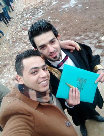 انس عليمات .. مبارك التخرج