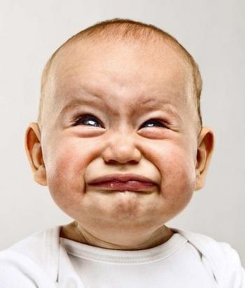 ما سبب الشعور بغصة الحلق قبيل البكاء