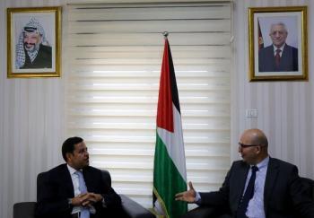 وزير فلسطيني للسفير الأردني: تصعيد إسرائيلي ضد الأحياء والأموات في القدس