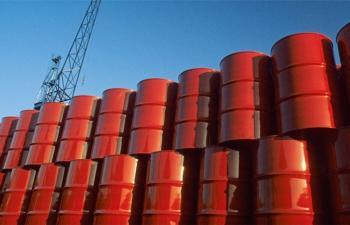 النفط يسجل أعلى مستوى في 16 شهراً