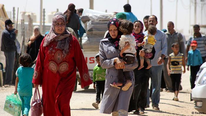 مصدر مسؤول يرد على ترامب : نتطلع لعودة اللاجئين السوريين لبلادهم