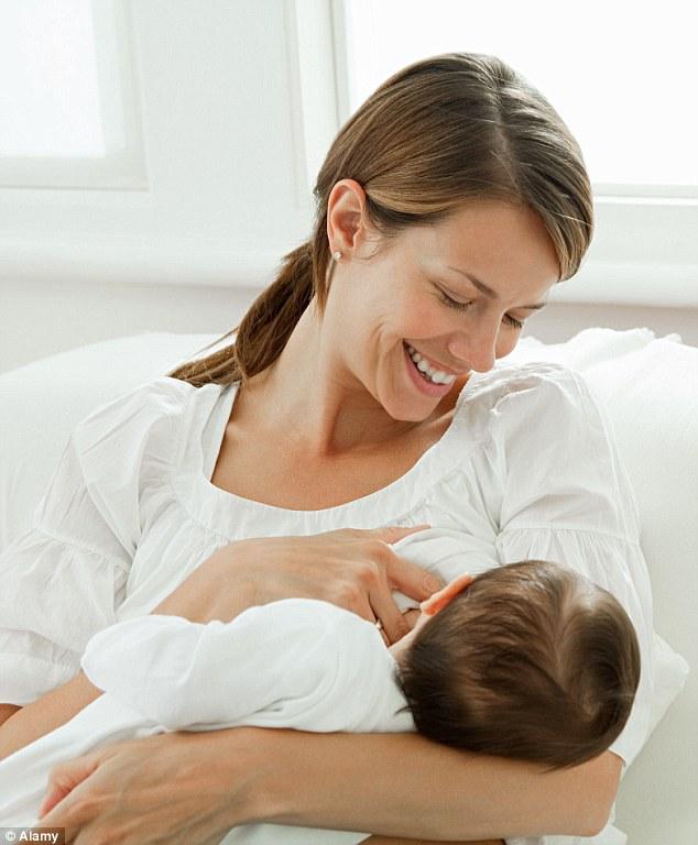 كم سعرة حرارية تحرق الأم في الرضعة الواحدة؟