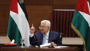 عباس يشترط وقف الضم لبدء التفاوض مع الاحتلال