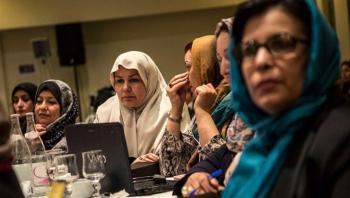 تضامن و آمنة يطالبان بإلغاء قرار منع سفر النساء الليبيات دون محرم