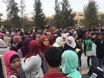 الجامعة الهاشمية تحتفل بيوم الكرامة والأم ويوم الشعر