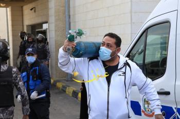 المستشفيات الخاصة تطالب الحكومة بإلغاء ضريبة الاوكسجين