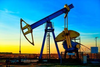 تداول أسعار النفط الخام فوق المستوى 50 دولارا