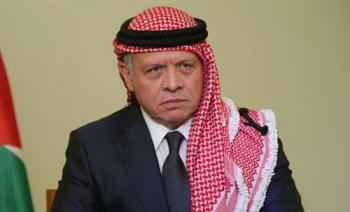 الملك يعزي خادم الحرمين الشريفين بوفاة الأمير نواف بن عبدالعزيز