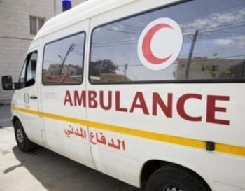اجراء عملية ولادة داخل سيارة إسعاف
