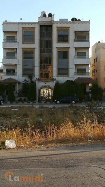 شقه مساحتها 177 م2 قريبة من فندق افيريست للبيع