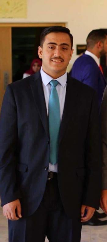أحمد عبدالمنعم أبو هلالة مبارك التخرج