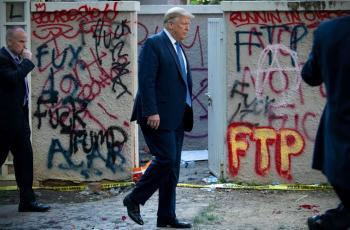 بولتيكو: ترامب أبلغ مقربين منه أنه سيخسر الانتخابات