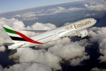 486 طائرة مدنية في الإمارات