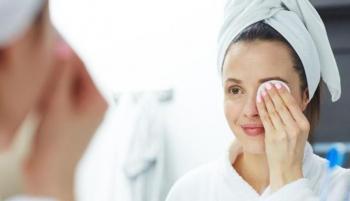 تنظيف بشرة الوجه ..  إليك الطريقة الصحيحة