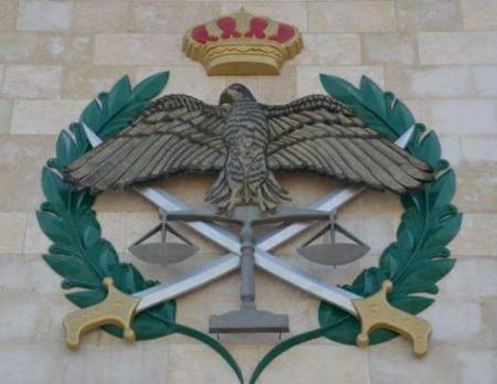 وفاة دركي واصابة 6 آخرين اثر حادث تدهور لمركبة عسكرية في إربد
