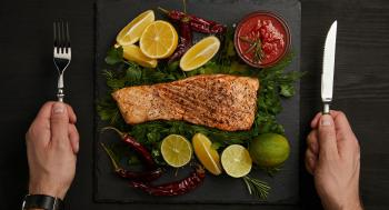 أسباب تجعل السمك من أكثر الأطعمة الصحية إفادة للجسم