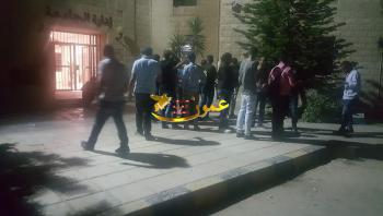 طلبة الهاشمية يخيمون داخل أسوار الجامعة