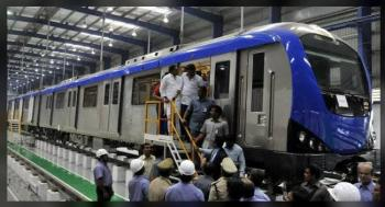 انتحار امرأة في محطة مترو بالهند
