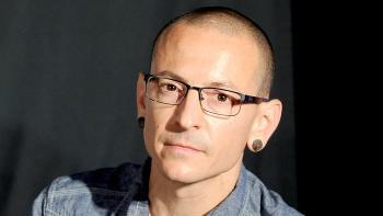 انتحار مغني فرقة لينكن بارك تشستر بنينغتون