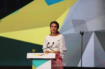 الملكة ترعى احتفال تخريج طلبة الدبلوم المهني لإعداد وتأهيل المعلمين