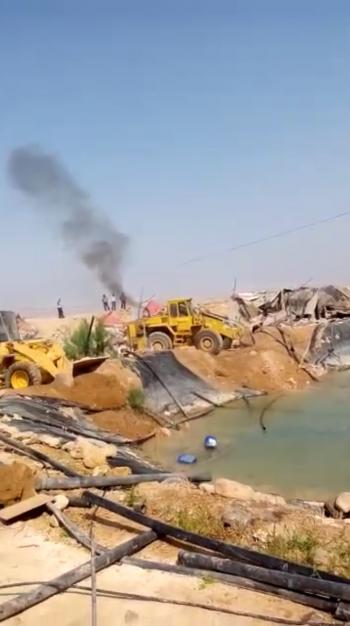 المياه تزيل اعتداءات شركة استثمارية في وادي الاردن (فيديو)