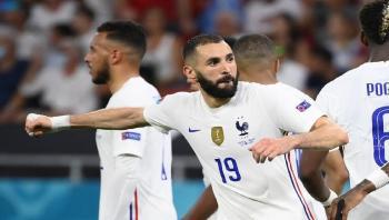 بنزيما يتخطى رقم زيدان القياسي مع منتخب فرنسا
