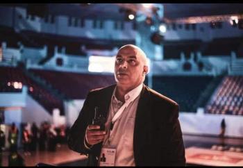 الدكتور عامر الشعار مبارك الترقية