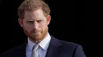 الأمير هاري يعود إلى بريطانيا للمشاركة في جنازة جده