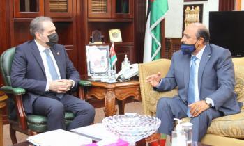 وزير الصحة يلتقي مدير عام مؤسسة المتقاعدين العسكريين