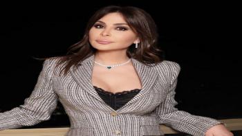 إليسا تهاجم وزير الصحة اللبناني وبعض النواب بتغريدة