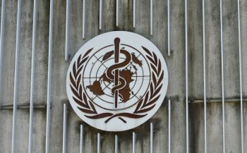 الصحة العالمية تحدد موعد عودة الحياة لما كانت عليه قبل كورونا