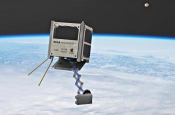 أول قمر اصطناعي خشبي يرسل مستشعرات تجريبية إلى الفضاء