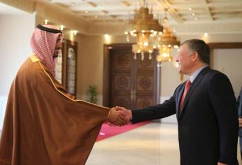 السفير القطري يهنئ باستقلال المملكة