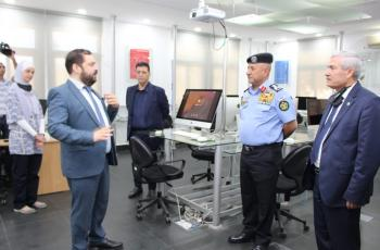 وفد من مديرية الأمن العام يزور جامعة الأميرة سمية