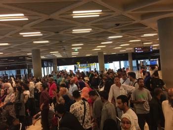 ازدحام شديد وبطء في انجاز اجراءات دخول الاجانب عبر مطار الملكة علياء
