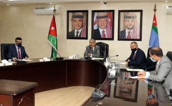 وزير الداخلية يشدد على تنفيذ أوامر الدفاع وارتداء الكمامة