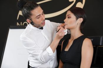 """""""كوني جميلة """" لخريف ٢٠١٧ مع خبير التجميل اللبناني بيير لحود"""