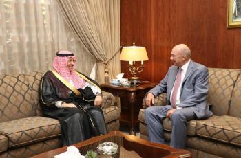 السفير السعودي يشارك بملتقى برئاسة الفايز حول قمة العشرين