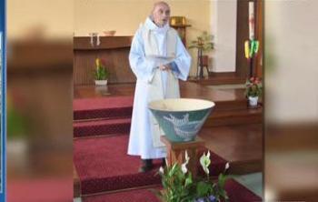فرنسا: القسيس جاك نُحرت عنقه بسكين خلال هجوم الكنيسة
