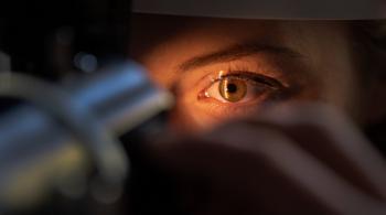 5 أطعمة أساسية لتعزيز صحة العينين وتقوية النظر