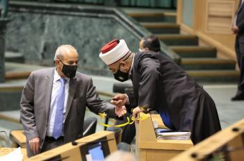 صور من جلسة النواب التشريعية الاربعاء