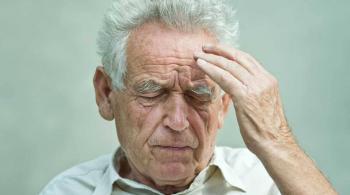 8 أطعمة تقلل من خطر الإصابة بمرض الزهايمر