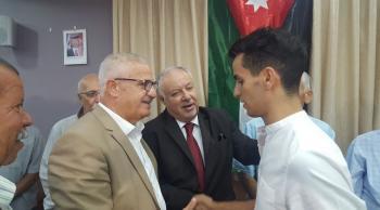جمعية القدس الخيرية تكرم البطل أحمد أبو غوش