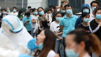 الصحة العالمية تتعهد بكشف مصدر فيروس كورونا