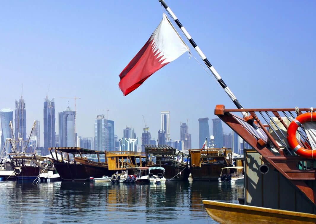 السنغال تعيد سفيرها إلى قطر