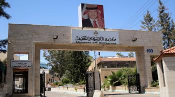 إغلاق مدرستين بسبب كورونا في الأردن