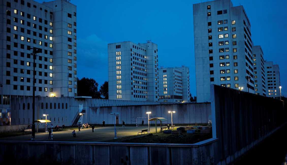 من سجن إلى فندق لاجئين ..  تجربة فريدة بهولندا